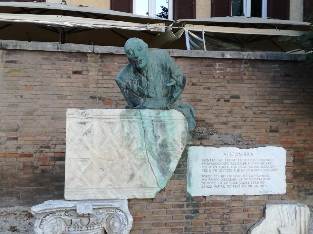 statua trilussa